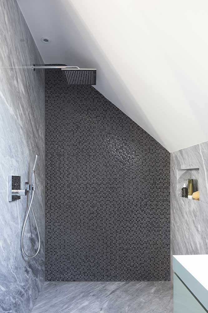 Cambridge modern ensuite shower room