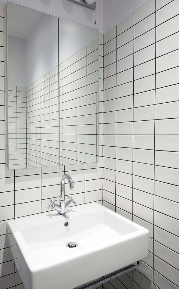 45 Queens Gate wet room tiling